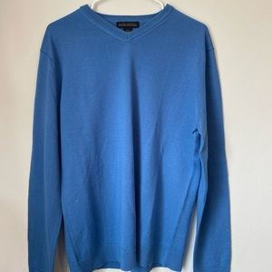 BANANA REPUBLIC Sweater. WORN ONLY ONCE